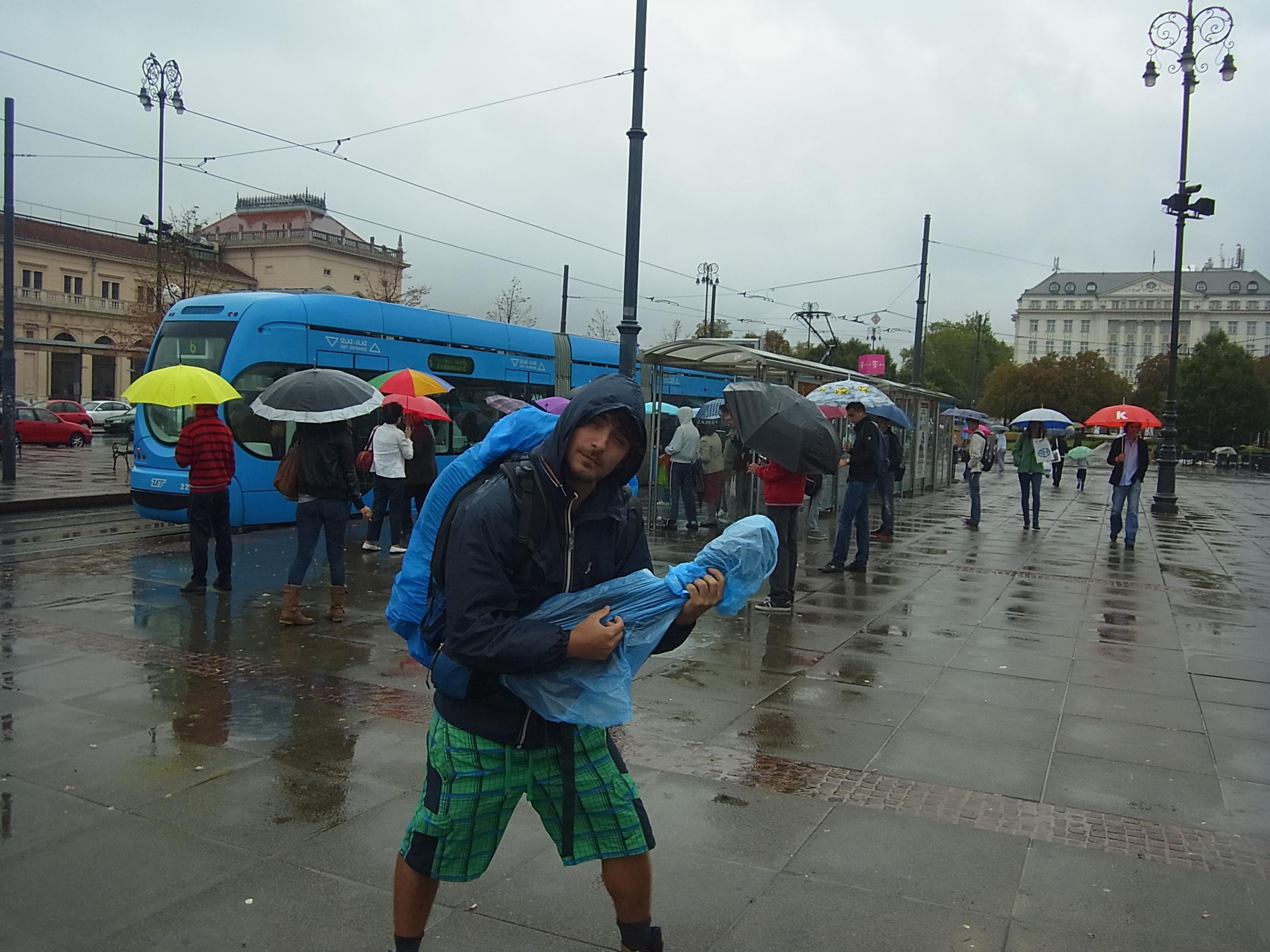Es regnet, es regnet, die Erde wird nass